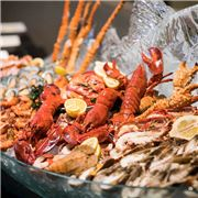seafood-counter-at-the-rain-tree-cafe-the-athenee-hotel