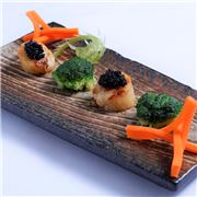 Stir Fried Scallop From Australia With Broccoli And Caviar