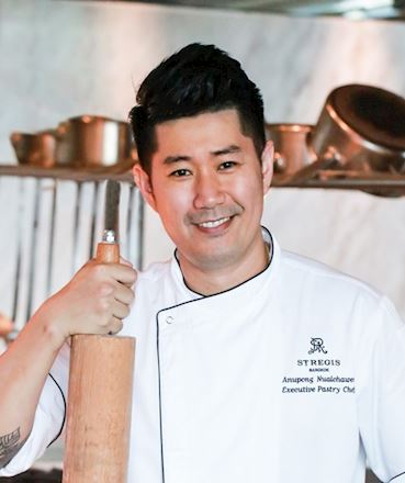 Chef Anupong Nualchawee