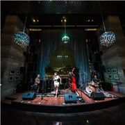 Cool entertaiment venue at Hanoi with live music performance