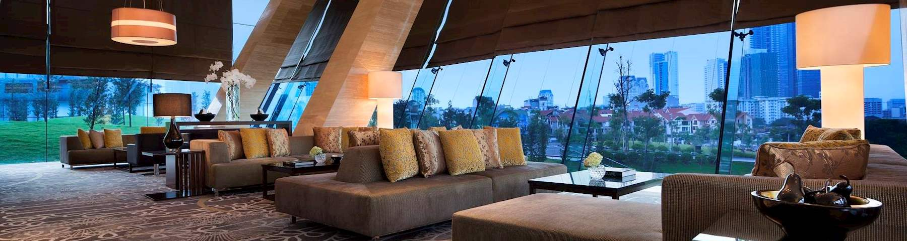 The Lounge - Best 5 star cafe in Hanoi